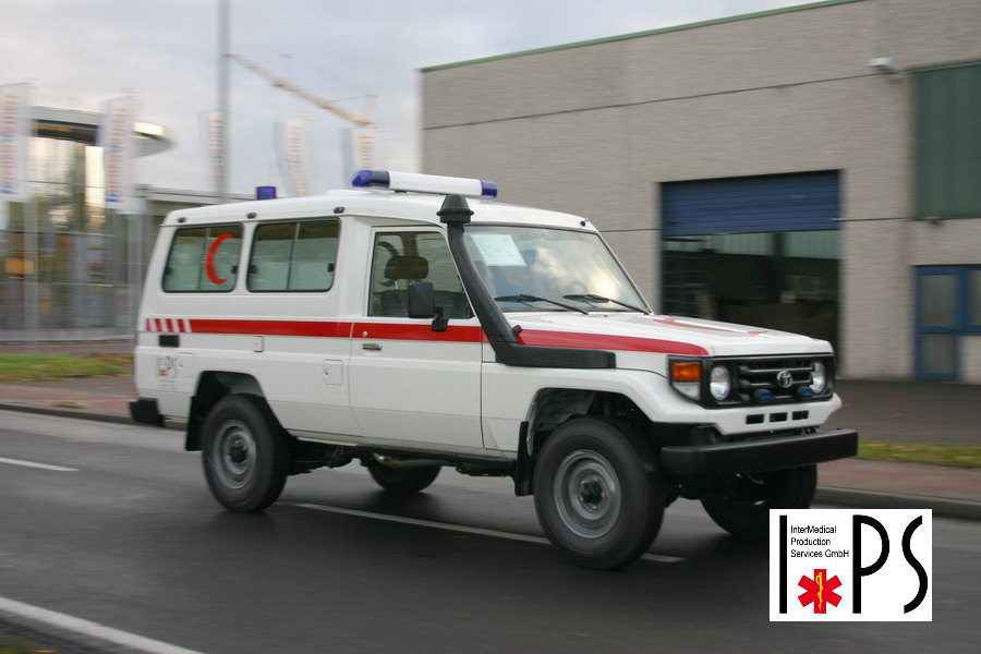 Toyota Land Cruiser, Hard Top, Long wheelbase, 3 doors, off-road ambulance